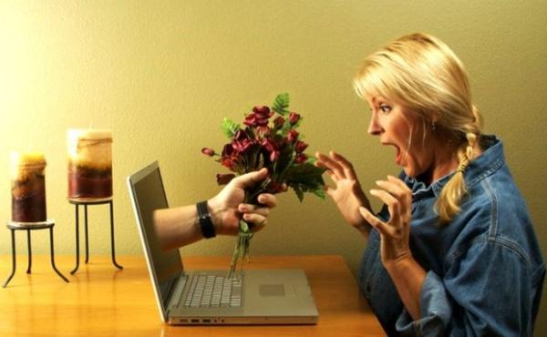 Общение с девушкой в интернете
