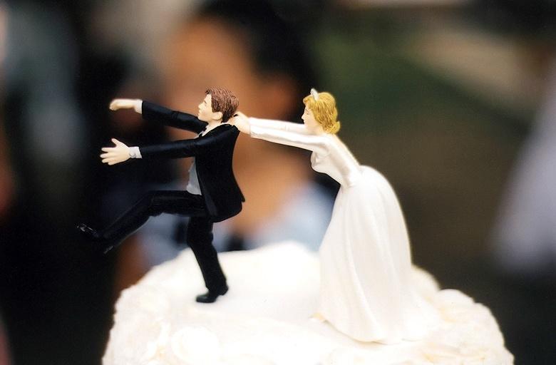 Не хочет женится